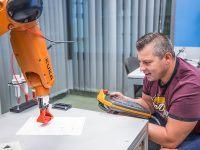 Szkolenie EMT-Systems: Programowanie robotów przemysłowych KUKA – kurs podstawowy
