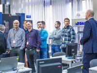 Warsztaty techniczne EMT TOUR Bezpieczeństwo maszyn i systemów przemysłowych (Systemy Safety) Edycja X jubileuszowa Laboratorium CNC