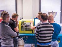 Szkolenie w EMT-Systems: TS3-O - Wtryskiwanie tworzyw termoplastycznych – obsługa i technologia. Szkolenie na wtryskarce BOY 25 E