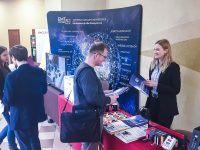 """Konferencja WSB """"Project Management 2.0"""" w Dąbrowie Górniczej, stoisko EMT-Systems. Specjalista ds. Marketingu i Komunikacji Jadwiga Woźnik"""
