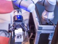 Warsztaty EMT TOUR: Seminar in the Box: Coboty Universal Robots - przyszłość automatyzacji i robotyzacji produkcji